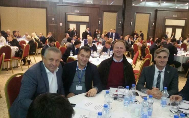"""Kryetari I Sarajit Blerim Bexheti, pjesmarës në forumin """"Decentralizimi në fokus"""""""