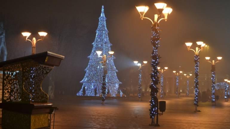 Komuna e Sarajit: Kënd për fëmijë, në vend të stolisjes së Sarajit për Vitin e Ri