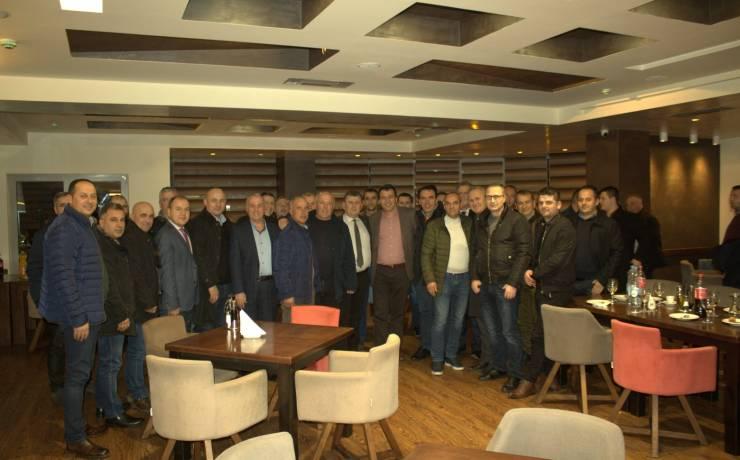 Takim I përbashkët I Krytarit Bexheti me Biznesmenët e Komunës së Sarajit
