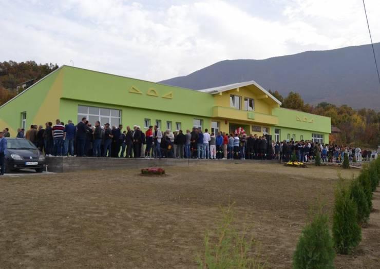 Përurohet Shkolla e re në Çajlanë dhe Semenishtë