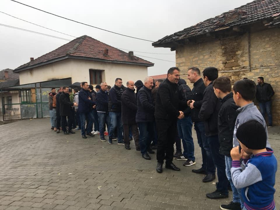 Kryetari i komunës së Sarajit Blerim Bexhet, ka promovuar sot, projektet e përfunduar në vendbanimin Rashçe