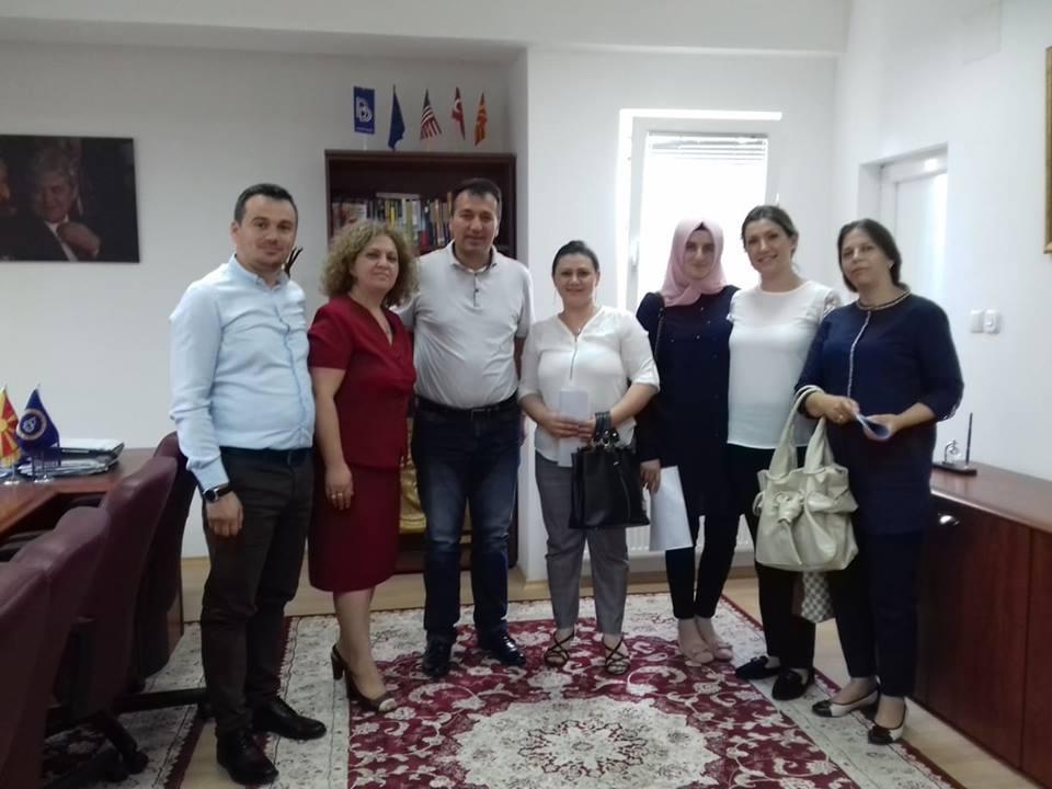 Komuna e Sarajit shpërndanë vendime pune për të punësuar në çerdhen 'Filizi'