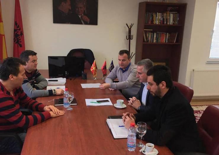 Kryetari i komunës së Sarajit Blerimi Bexheti priti në vizit pune sekretarin shtetror në Ministrin e Bujqësis z.Nefrus Çeliku dhe zavendës drejtorin e Agjencionit për përkrahje finaciare dhe zhvillim rural në bujqësi z.Abdul-Selam Selami.