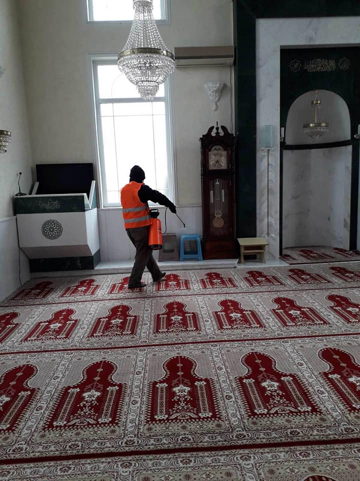 Dezinfektohen Xhamitë në komunën e Sarajit