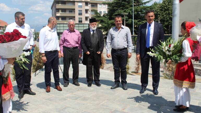 Komuna e Sarajit bashkë me ITSHKSH kremtuan 109 vjetorin  e ditës së çlirimit të qytetit të Shkupit